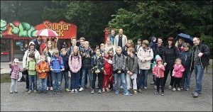 Die Ausflügler im Saurierpark (Foto: Lions-Club Riesa)