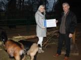 """""""Nudel""""-Spende für den Kloster-Tierpark"""