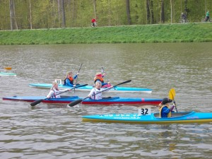 Lea Kücklich und Charlotte Reypka im Zweier-Canadier (Foto: Riesaer Wassersportverein)