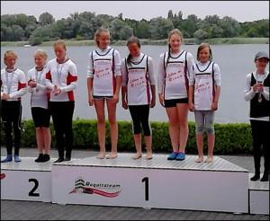 Der Sieg-Vierer der Schülerinnen B (Foto: Riesaer Wassersportverein)